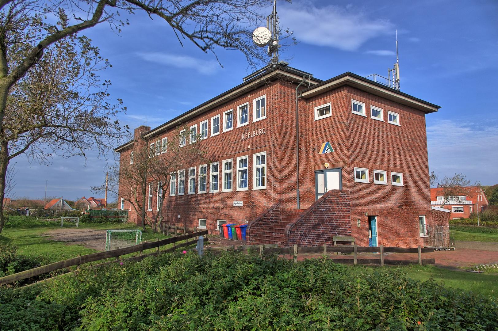 File:Schule am Meer - Inselburg 2193 4 5.jpg
