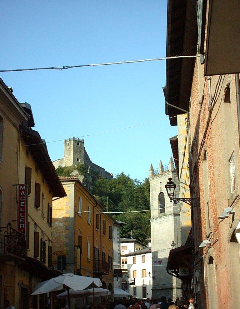 Sestola wikipedia for Foto di zig e sharko