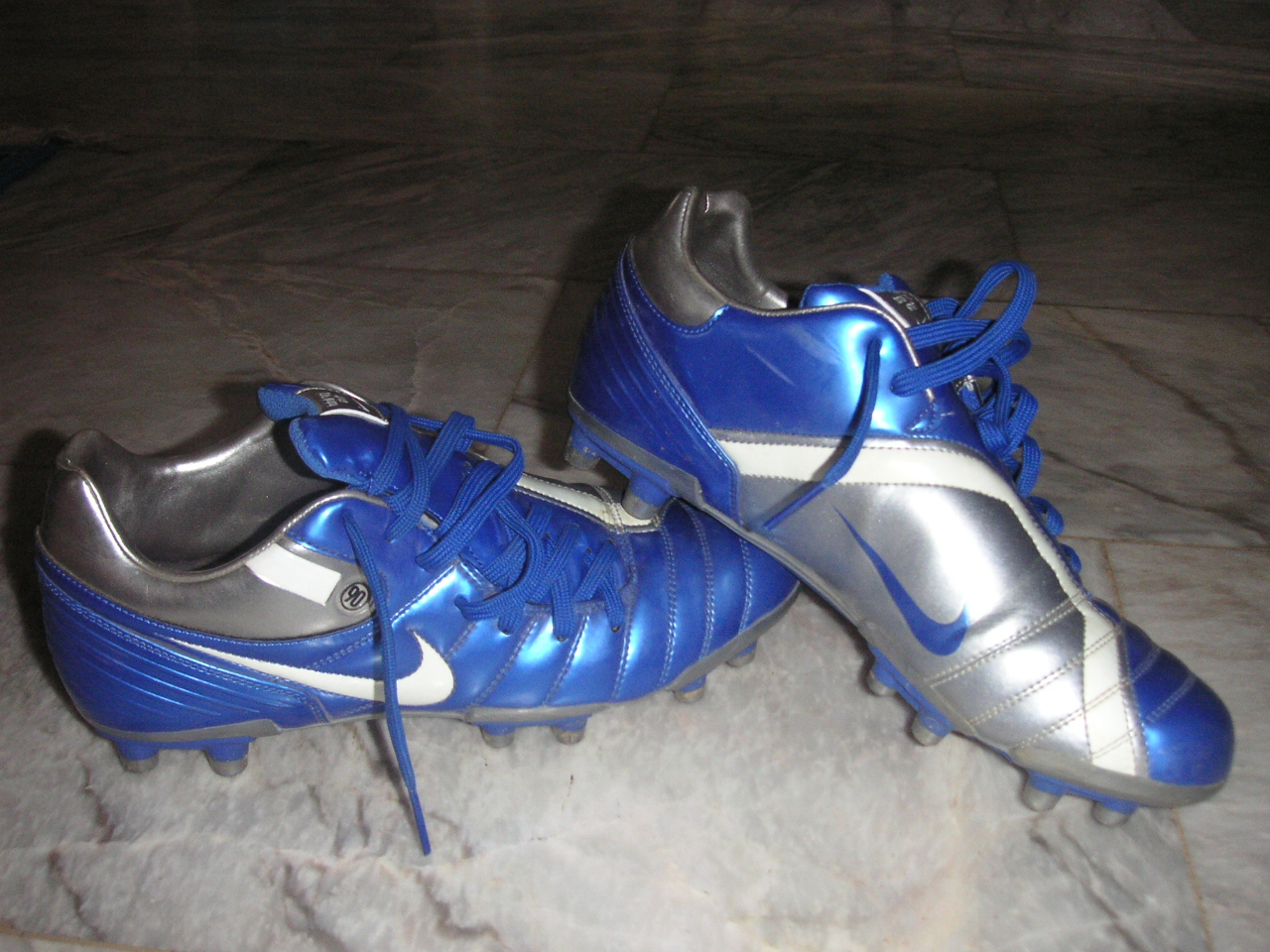 Soccer Shoes Size K