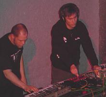 File:Synapscape live at Das Bunker.png