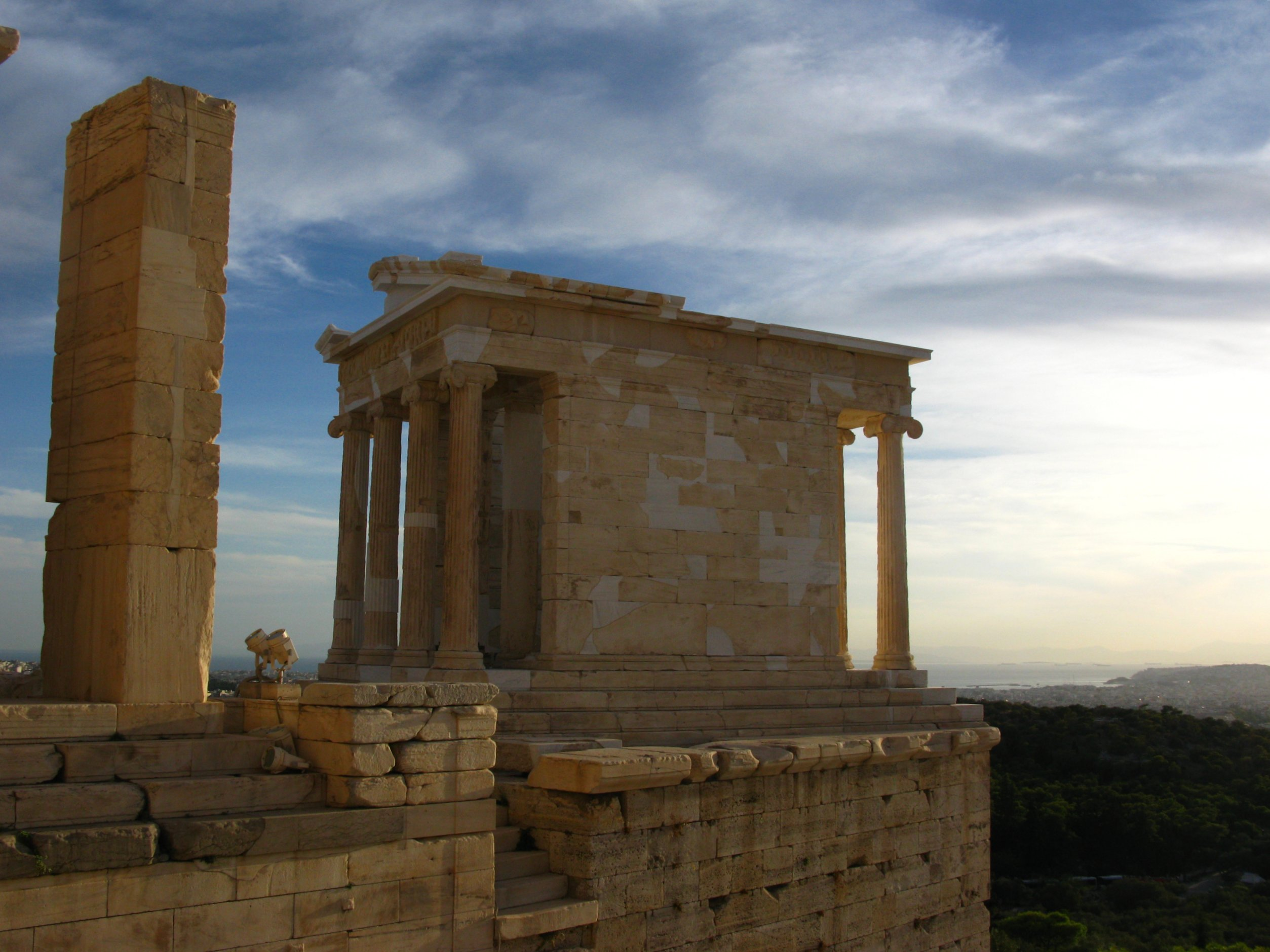 File:Temple of Athena Nike (5041769791).jpg - Wikimedia ...