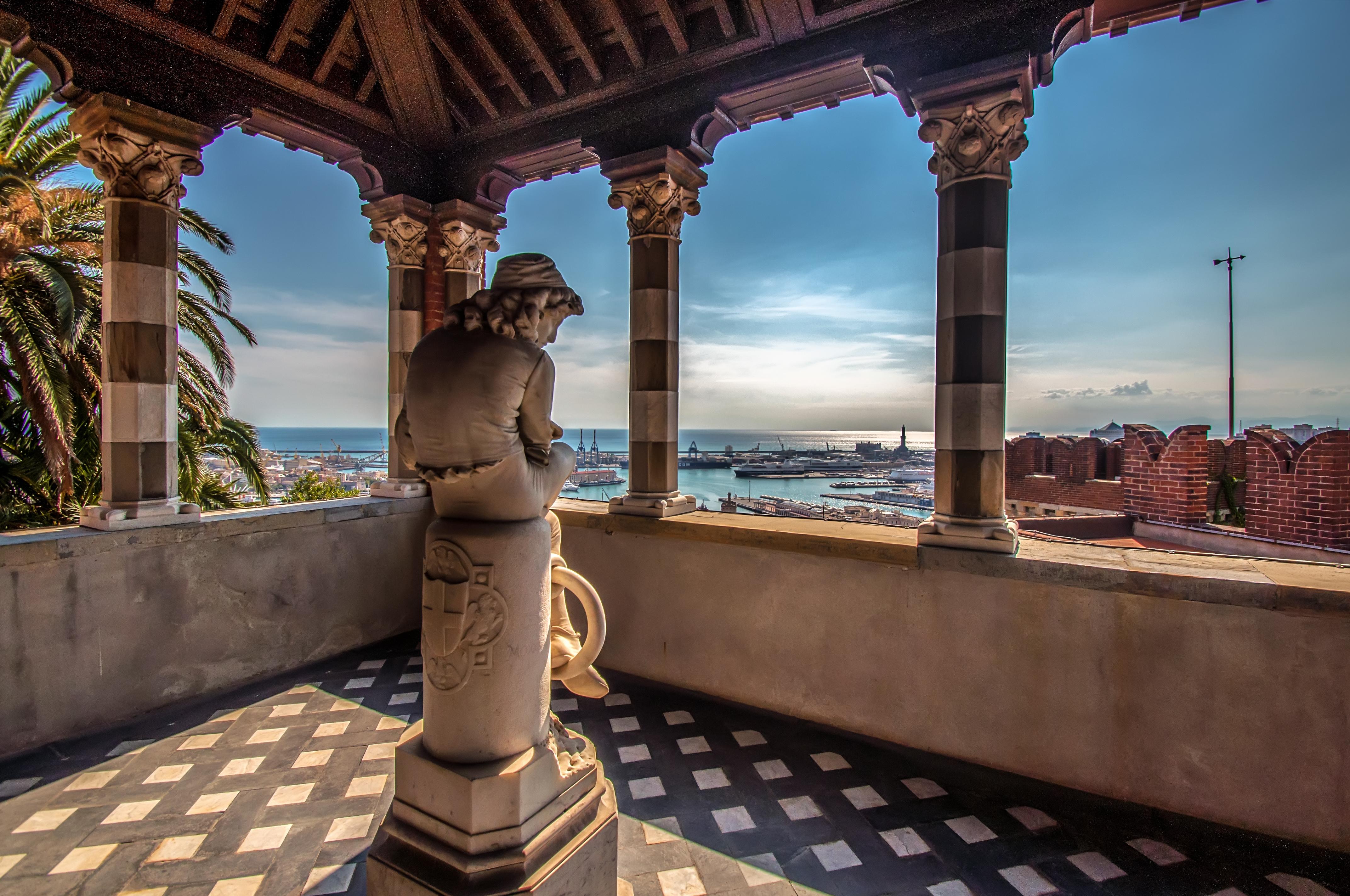 File Terrazzino Con Vista Su Genova Castello D Albertis