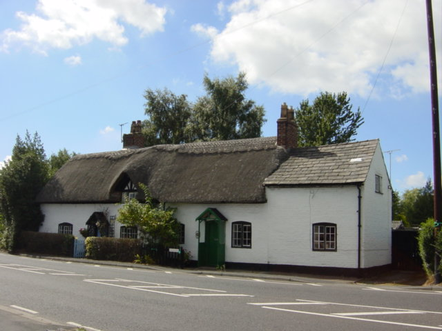 Thatched cottage, Hale Village - geograph.org.uk - 40459