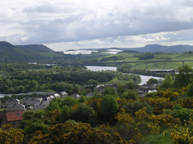 File:The River Tay and Friarton bridge.jpg