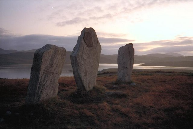 File:The West Row at Callanish - geograph.org.uk - 740735.jpg