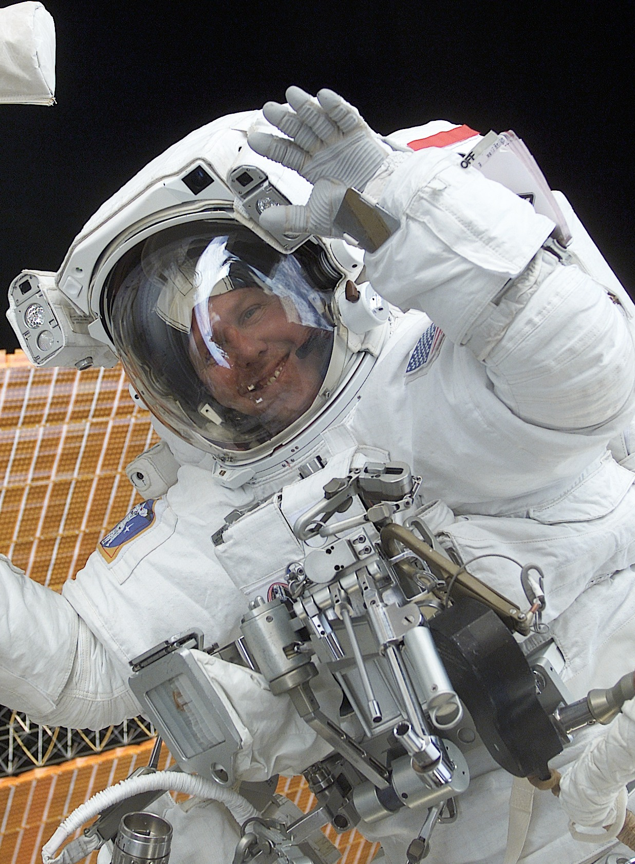 Astronaut Waving Hand - Pics about space