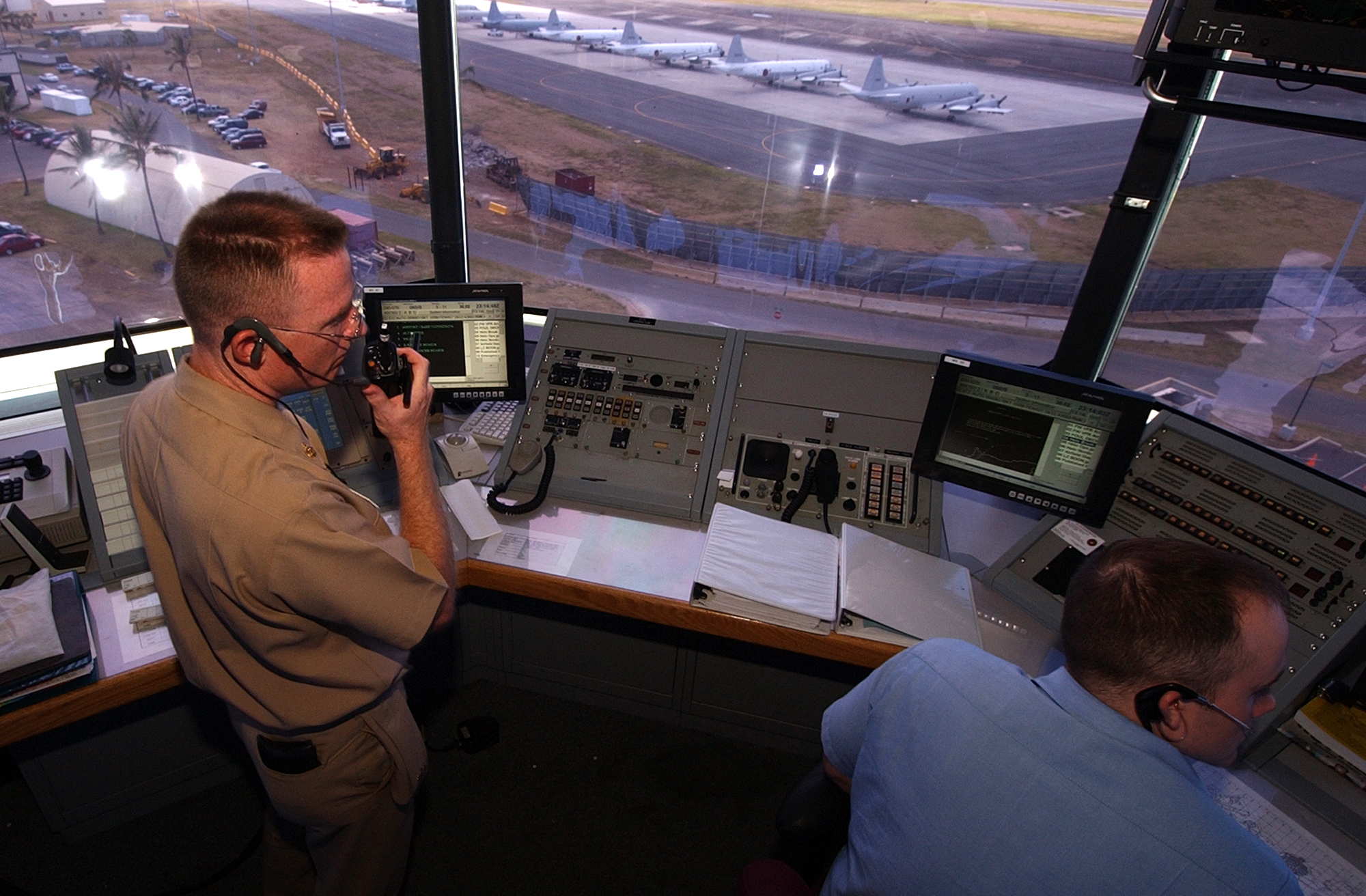 taking a position og an air traffic control facility chief Air route traffic control center a facility established to provide a tool used by traffic management specialists to monitor the position of air traffic and to.