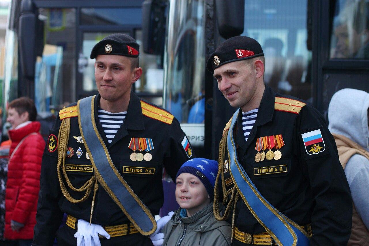 погоны офицеров фото парадная форма одежды офицеров морской пехоты обои рабочий