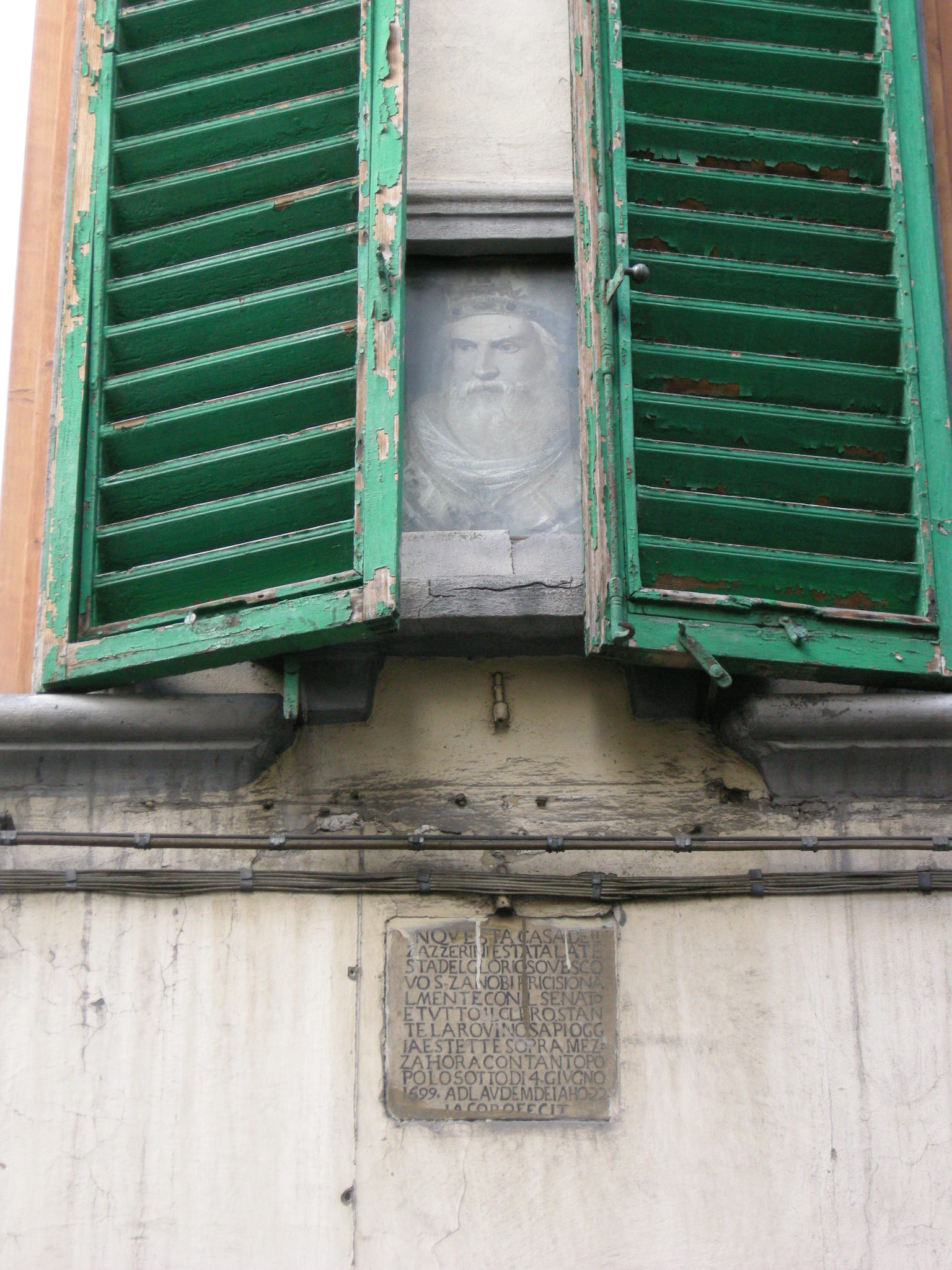 File:Via della pergola, targa.JPG - Wikimedia Commons