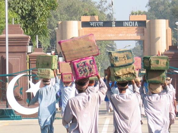 File:Wagah border pakistan side.jpeg