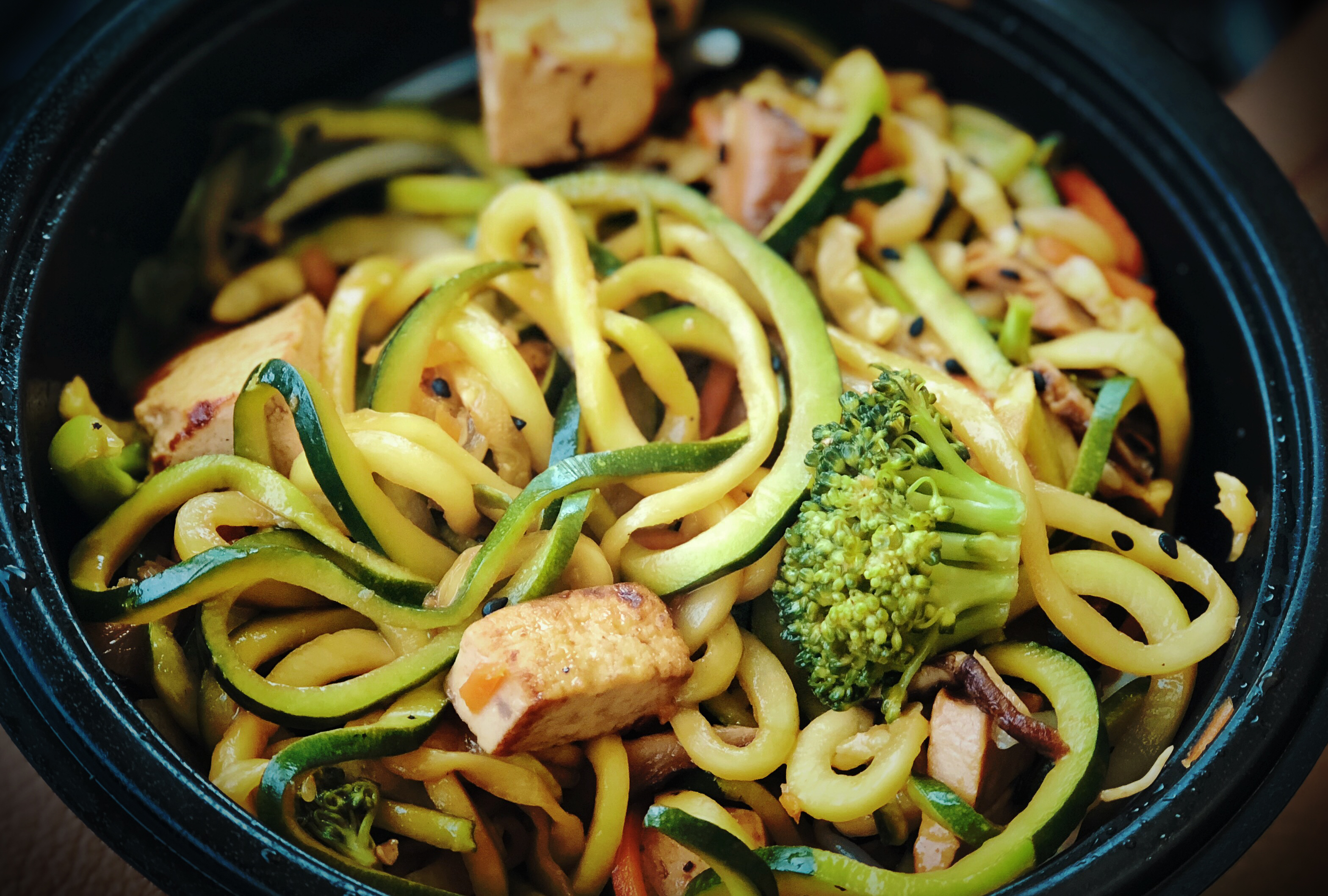 File:Zoodles - Zucchini Spirals at Noodles and Company (41891311712).jpg - Wikimedia Commons