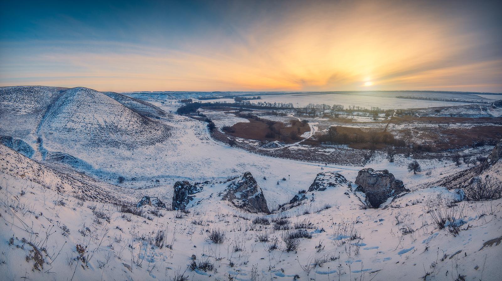 Овраги в меловых горах на Беленькой