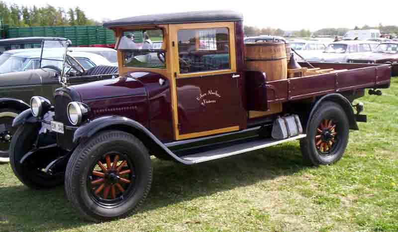 File:1927 Chevrolet Truck 2.jpg - Wikimedia Commons