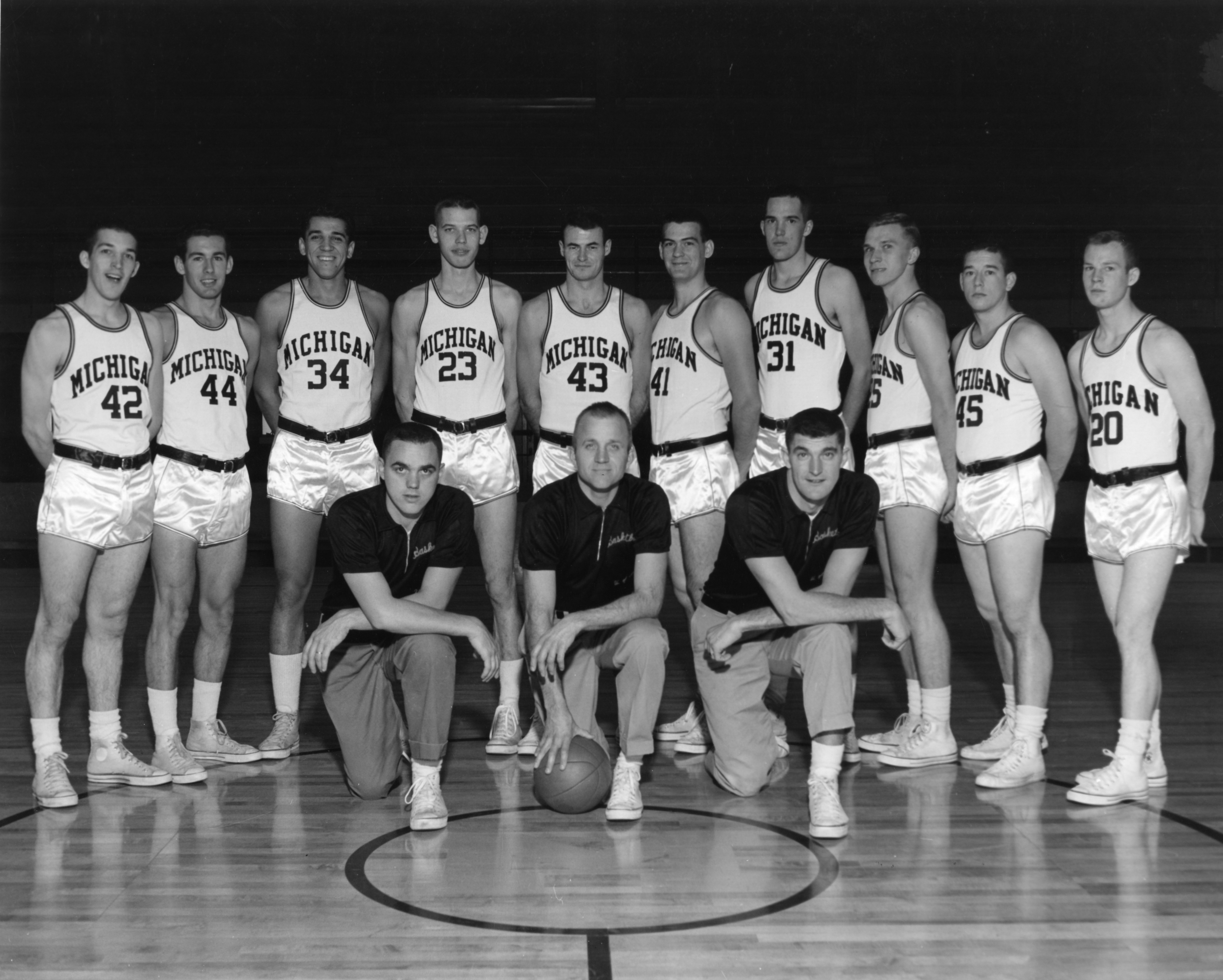 U High Basketball Roster 1960–61 Michi...