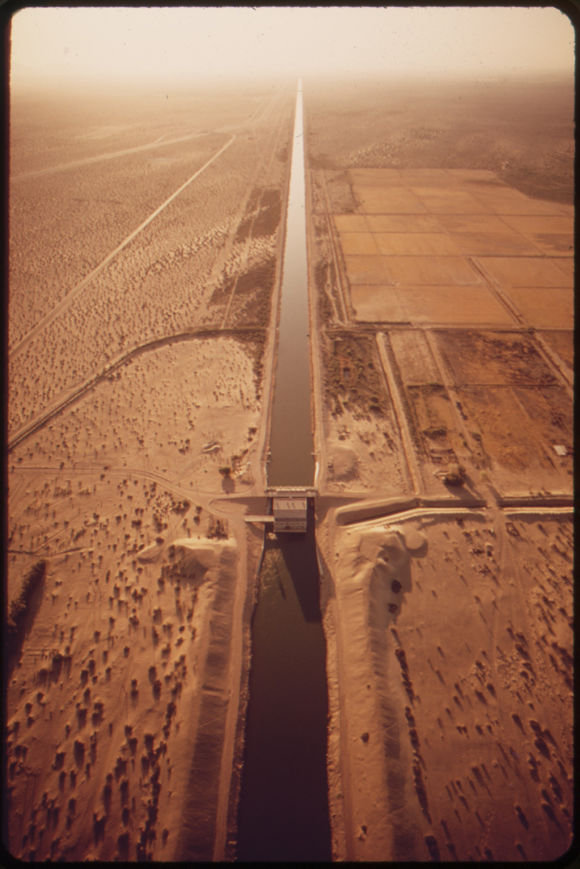 All American Canal : File all american canal feeding thirsty imperial valley