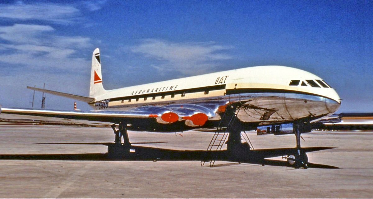 Aeromaritime de Havilland Comet 1 Groves.jpg