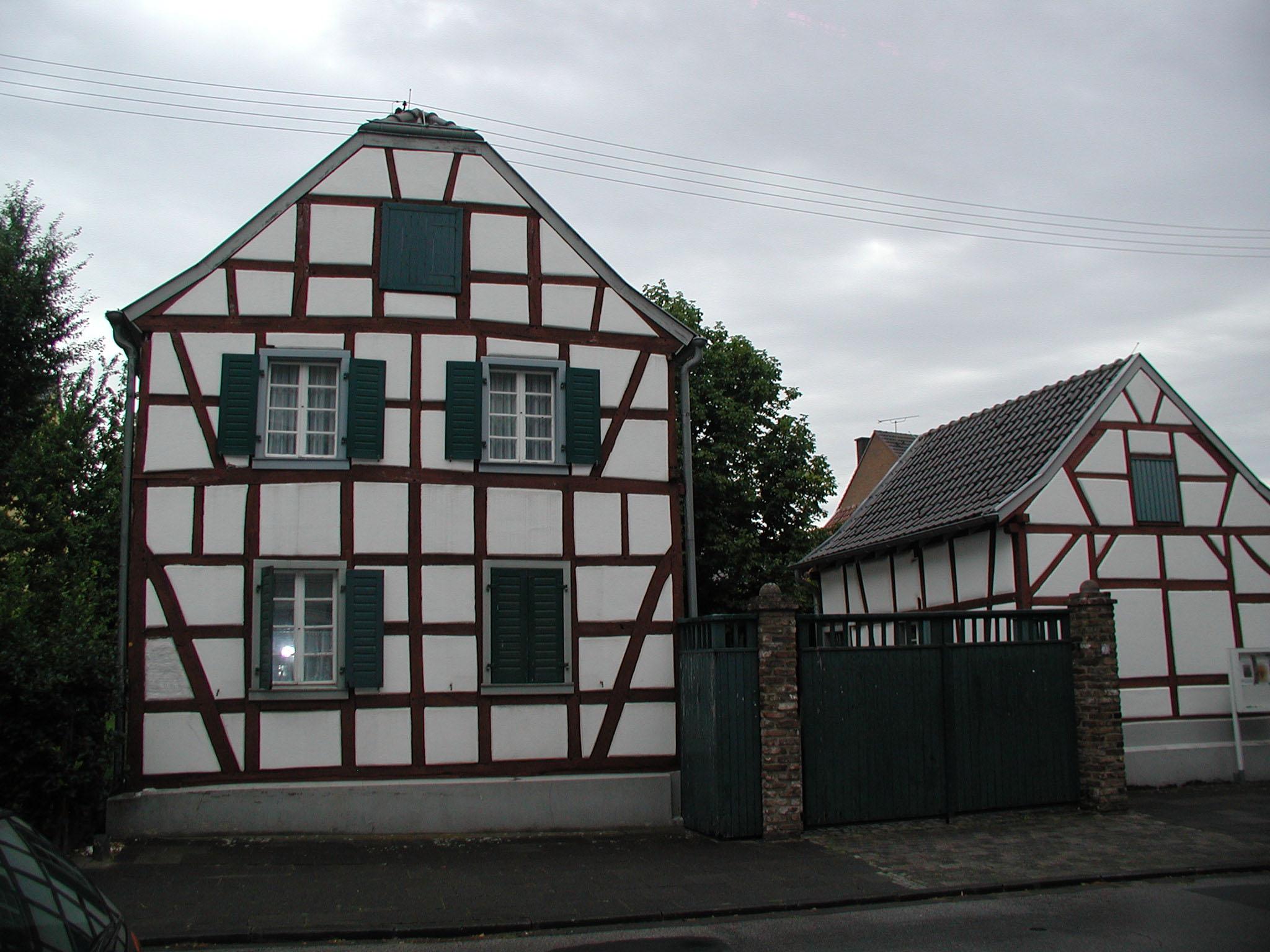 File:Alt-Hürth-Löhrerhof-020.jpg - Wikimedia Commons