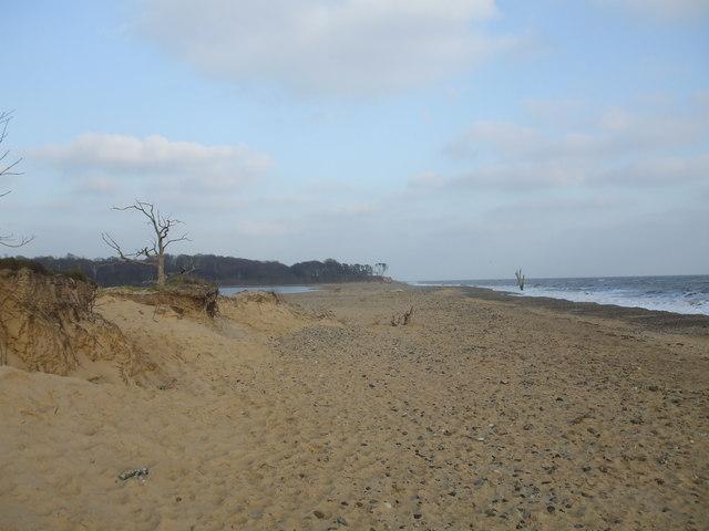 Benacre beach - geograph.org.uk - 1095985