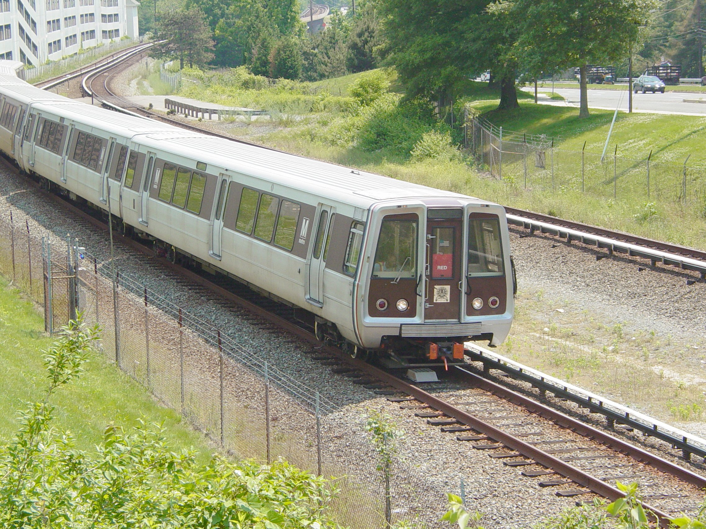 Breda_3217_(Washington_Metro).jpg