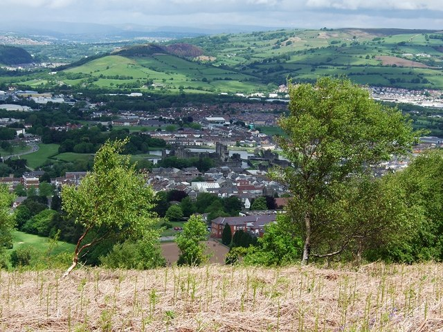 Caerphilly Mountain - geograph.org.uk - 434362