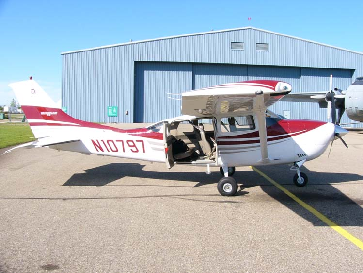 Cessna 206 Military Wiki FANDOM Powered By Wikia