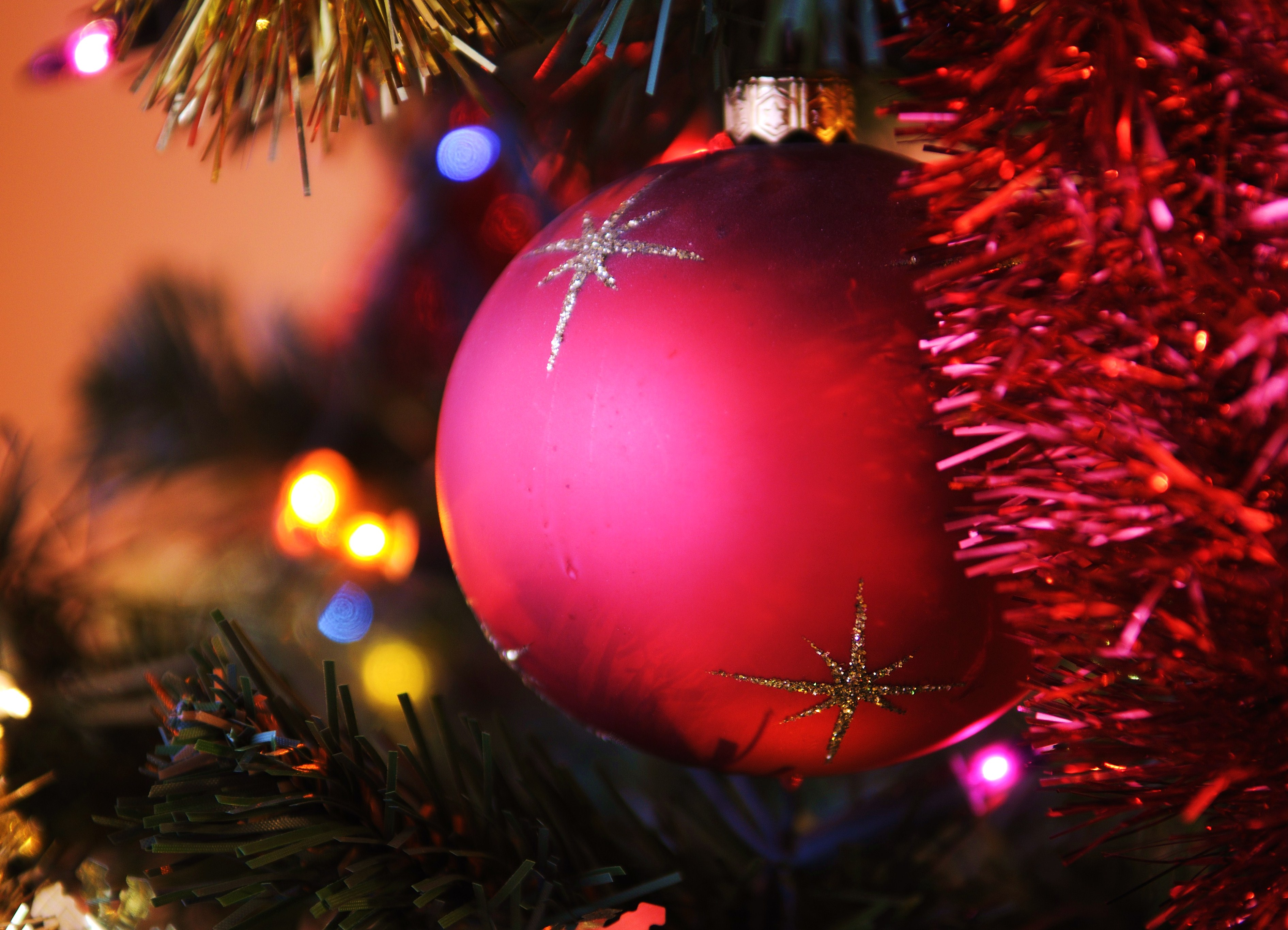 Christmas Tree Red Bauble