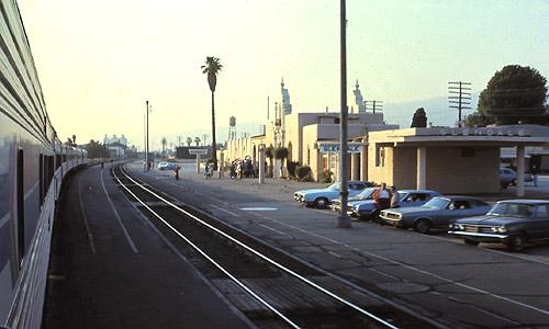 Coast Starlight at Glendale station, April 29, 1976