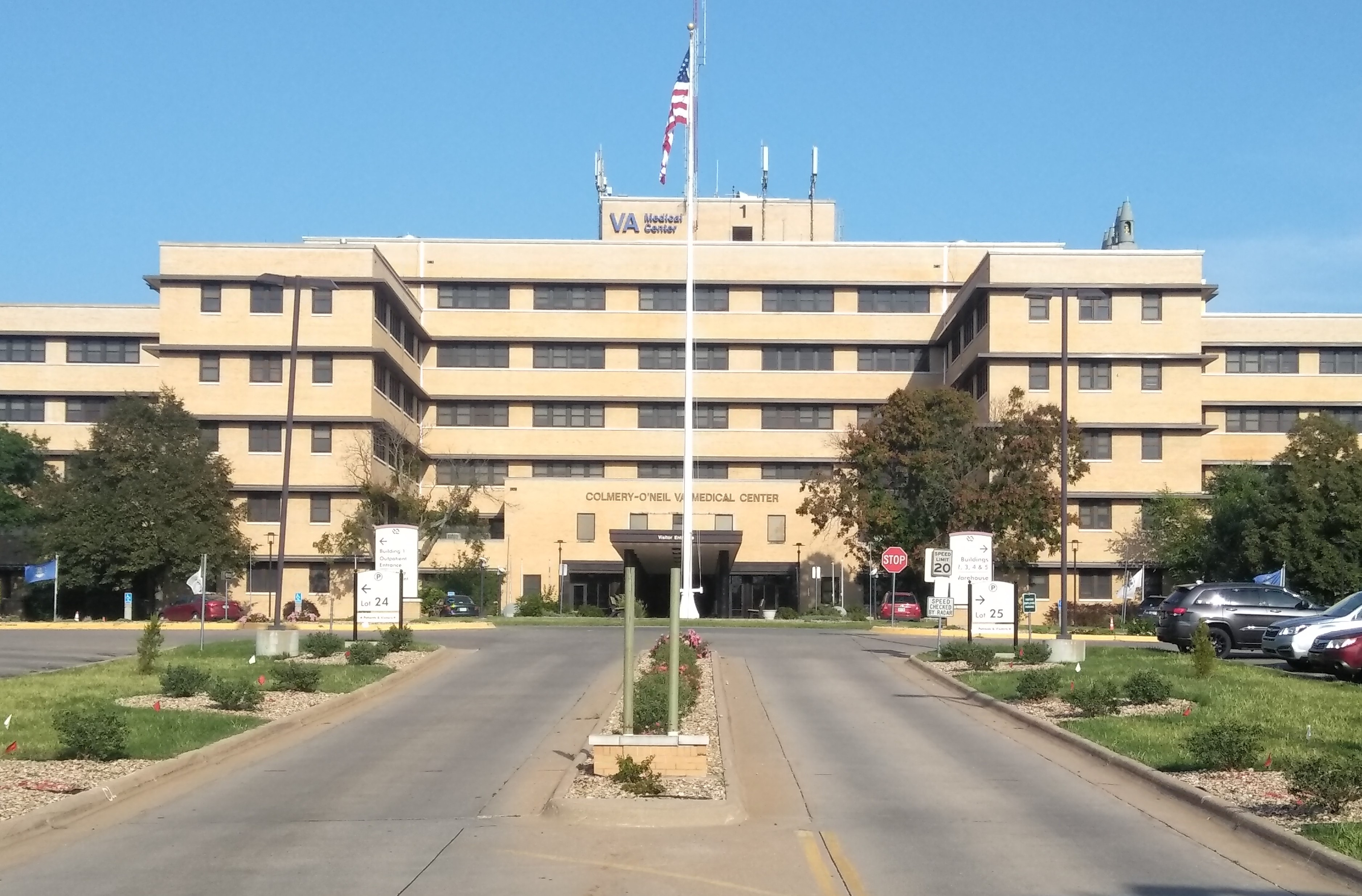 Va Topeka Ks >> File Colmery O Neil Va Medical Center Topeka Ks Jpg