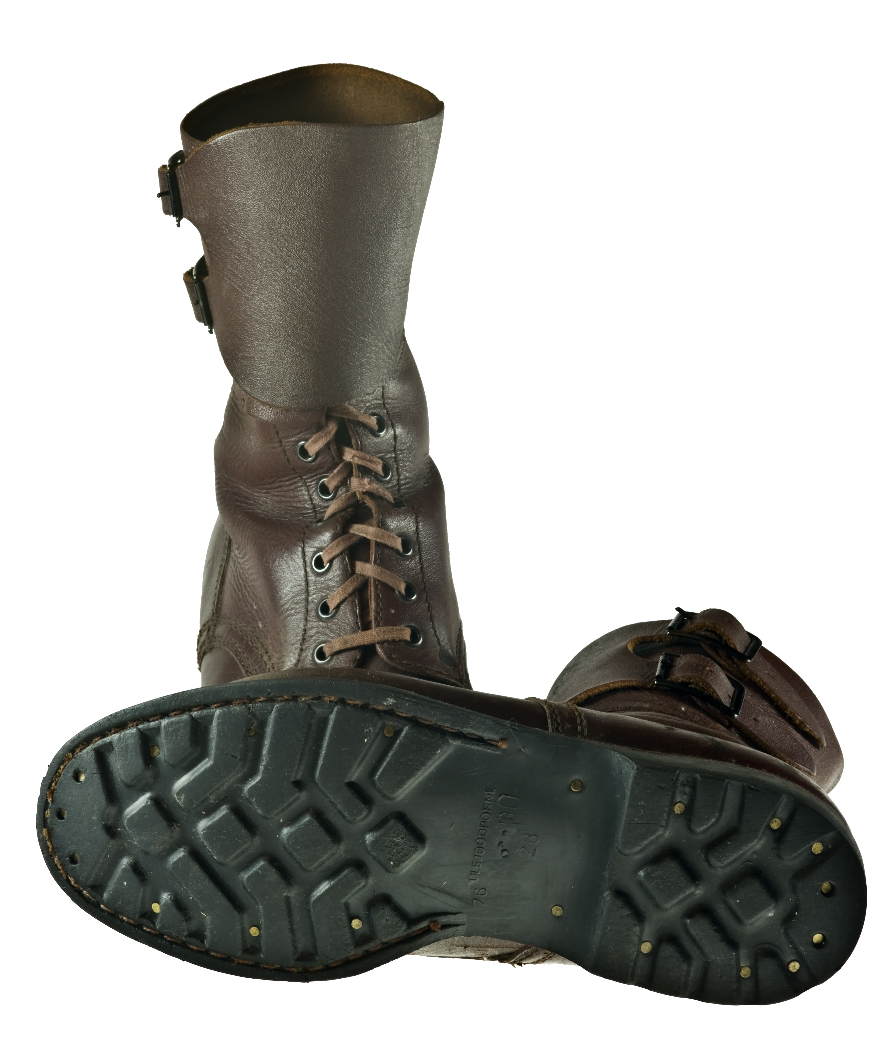 Do Combat Boots The Same Size As Tennie Shoes