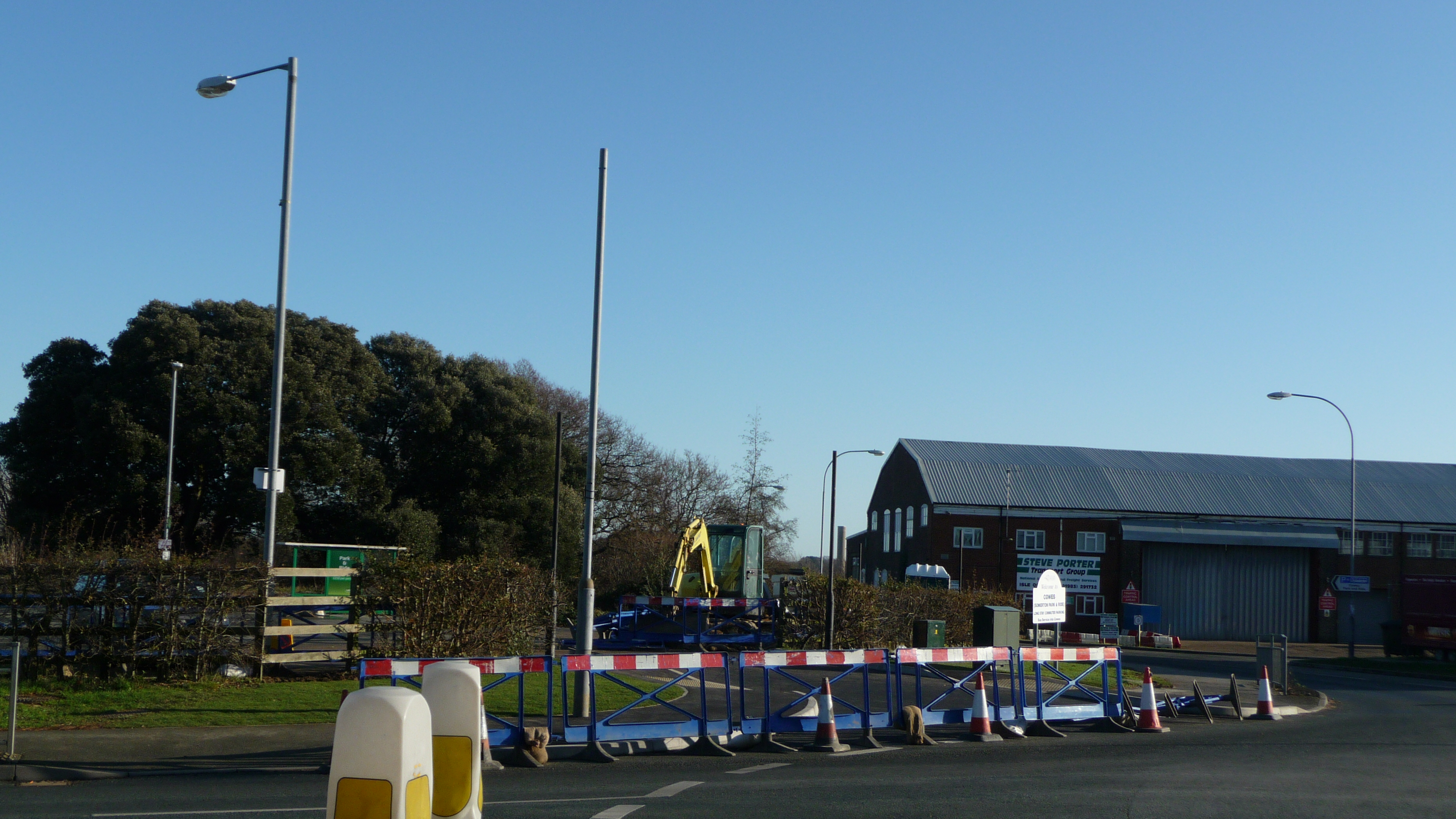 Cowes Somerton park and ride remodeling works 7.JPG