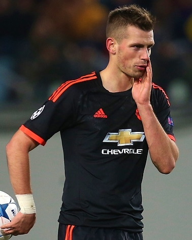 The 28-year old son of father (?) and mother(?) Morgan Schneiderlin in 2018 photo. Morgan Schneiderlin earned a 6.5 million dollar salary - leaving the net worth at 20 million in 2018