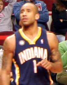 Dahntay Jones Bulls vs Pacers December 2009.jpg