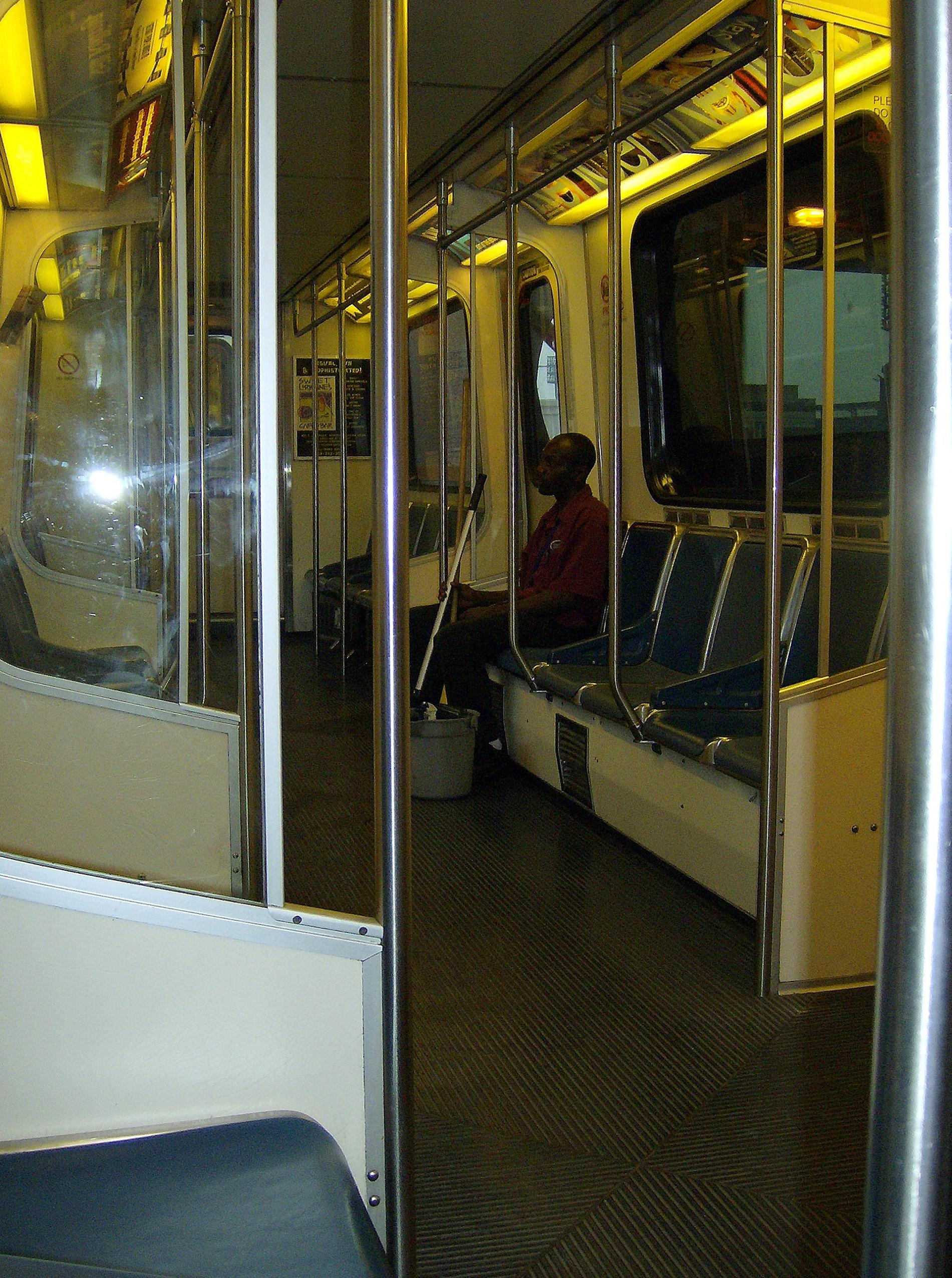 File:Detroit People Mover interior.jpg - Wikipedia, the free ...