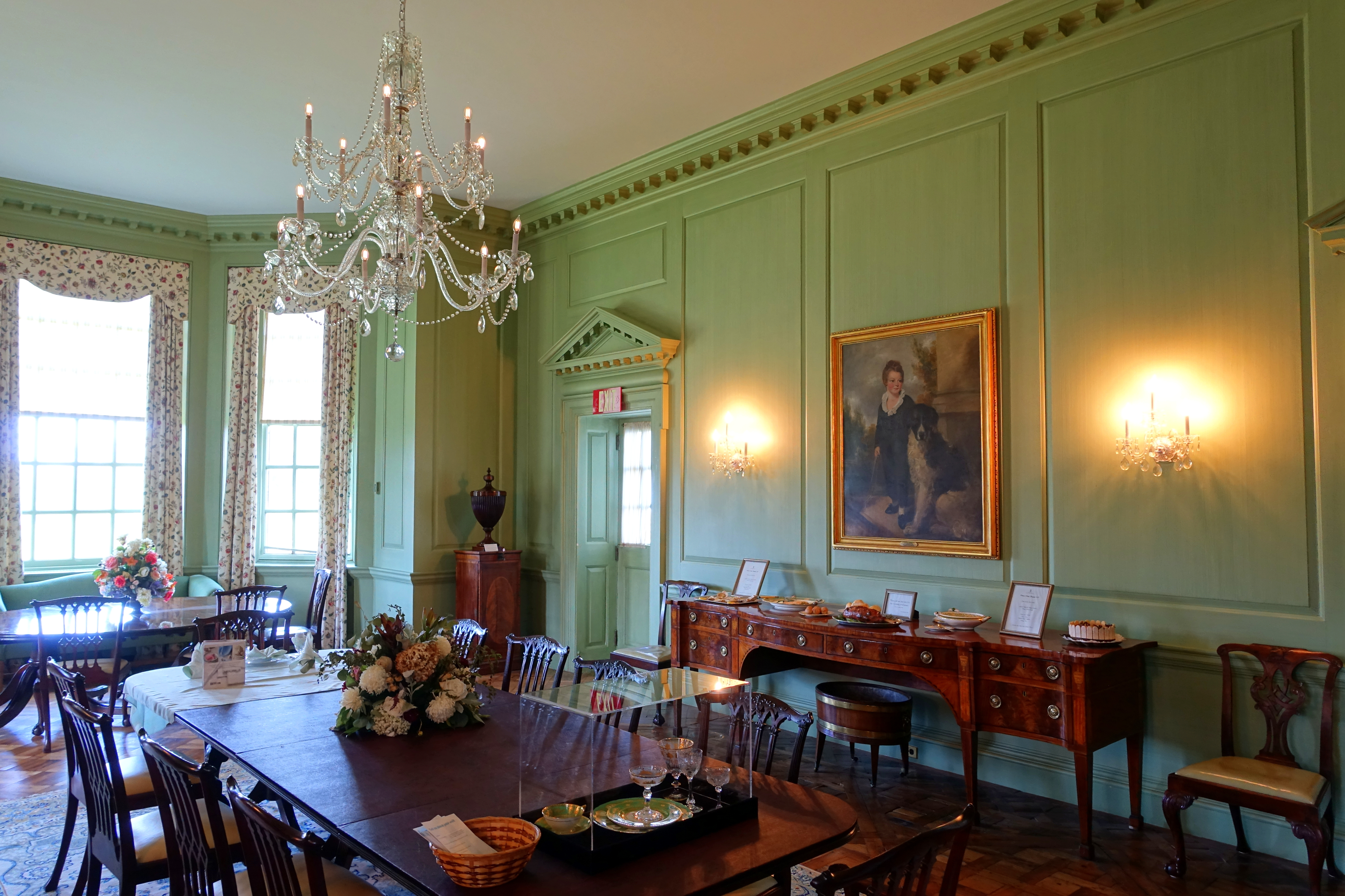 File:Dining Room - Great House - Castle Hill on the Crane