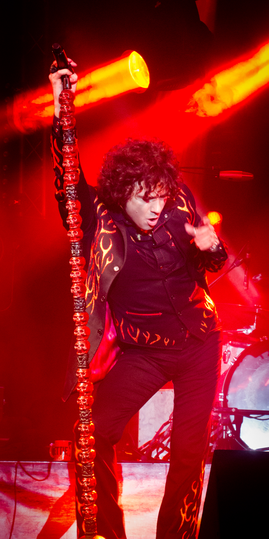 Enrique Bunbury en concierto en 2012.