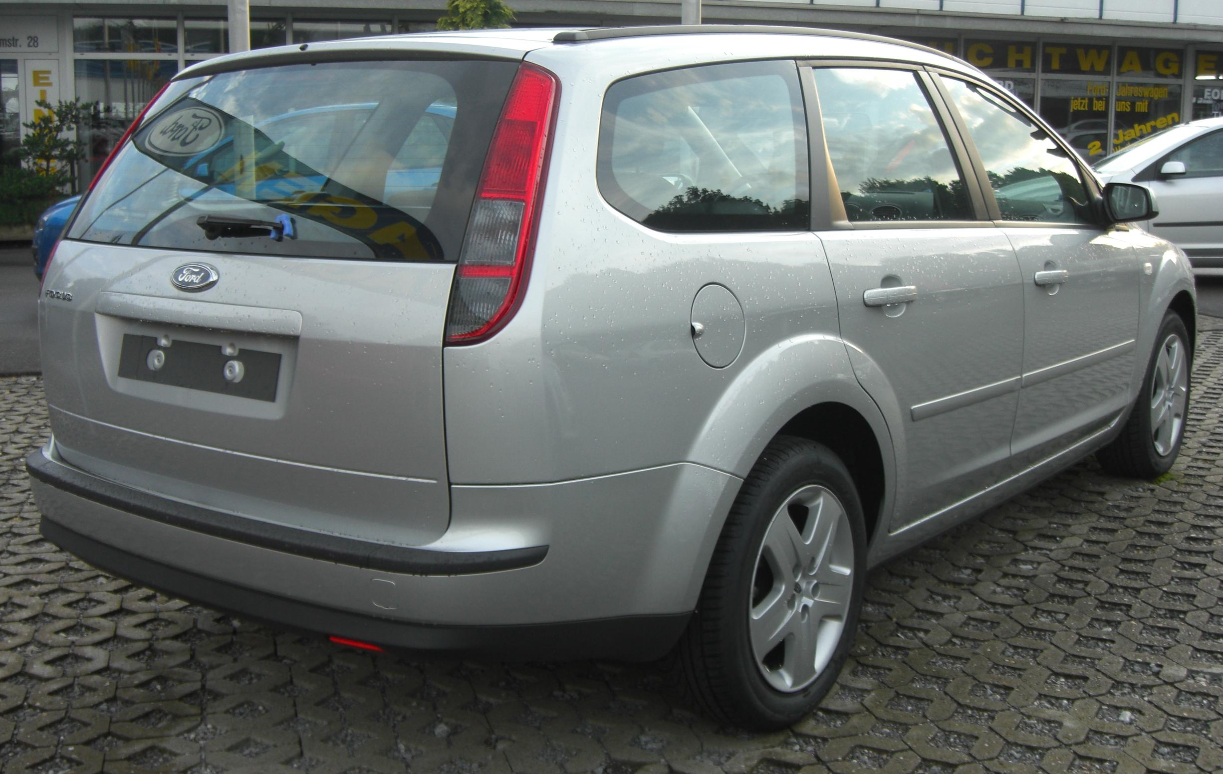 File ford focus ii turnier vorfacelift 2004 2008 silber rear