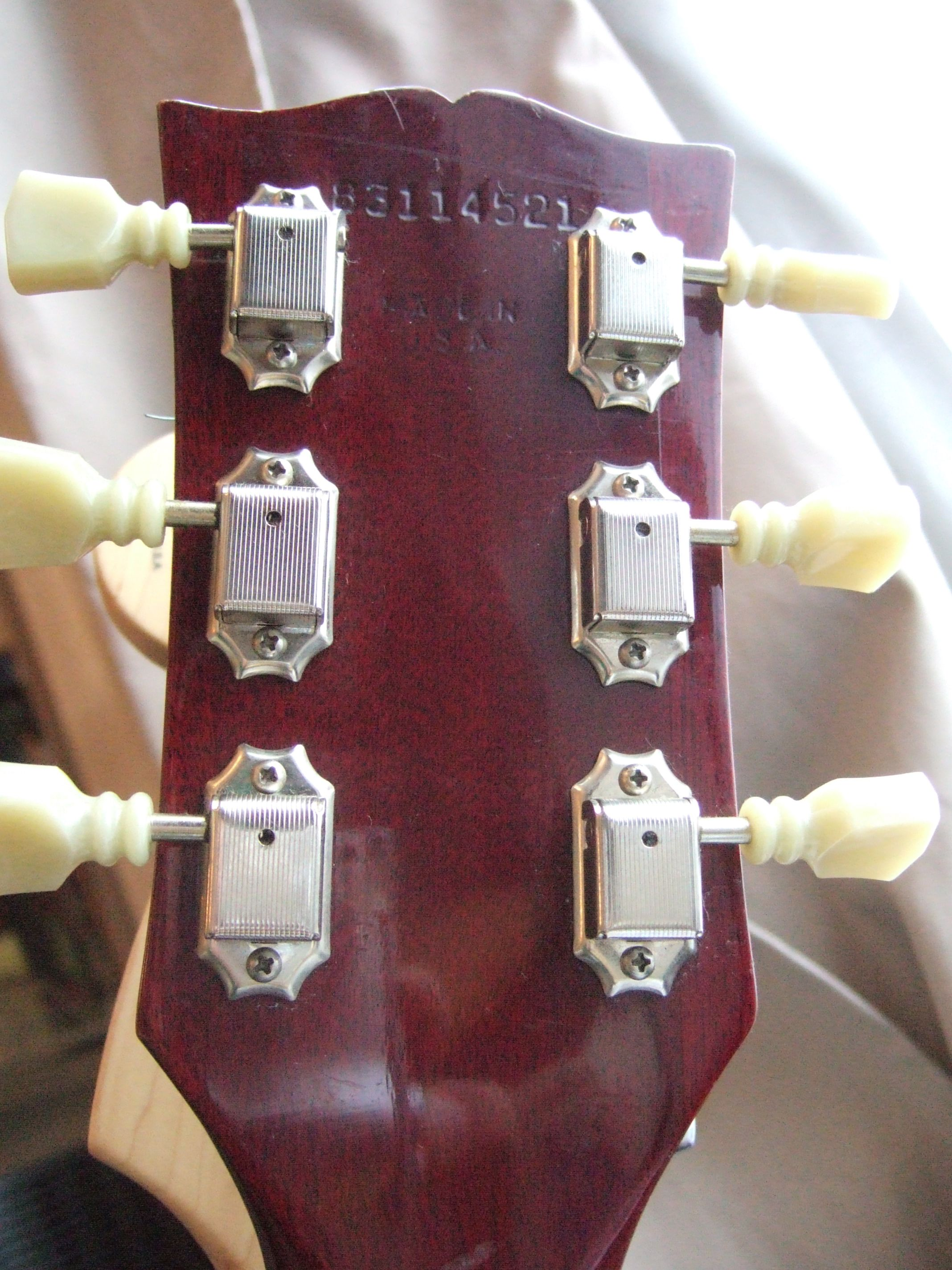 File:Gibson SG Standard (1984) serial number 83114521 jpg