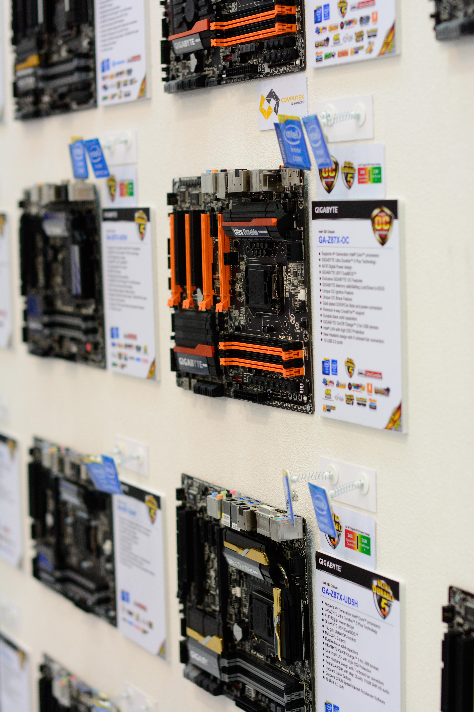 File:Gigabyte motherboard wall, Computex Taipei 20130607 jpg