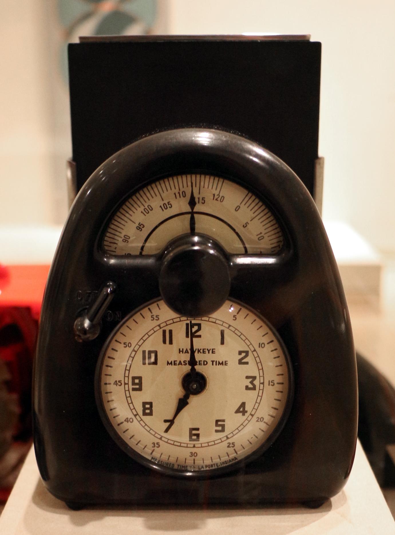 File:Isamu noguchi, orologio e timer da cucina mesaured time, 1932 ...