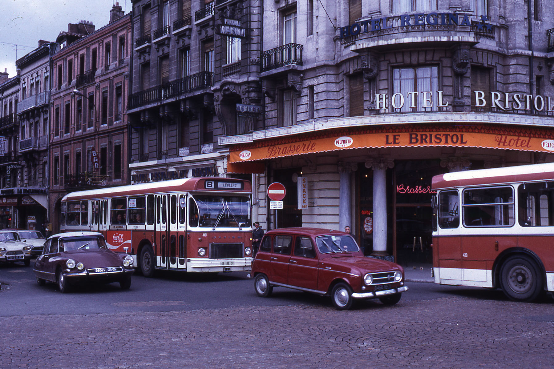 file jhm 1972 0779 toulouse bus wikimedia commons. Black Bedroom Furniture Sets. Home Design Ideas