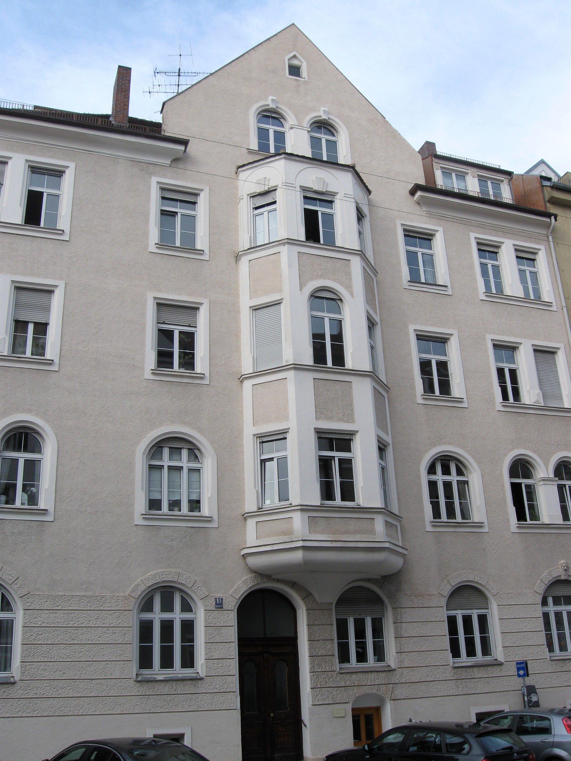 File:Konradstr. 11 Muenchen-2.jpg - Wikimedia Commons