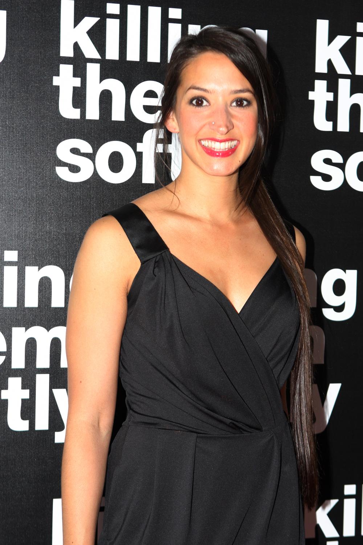 Leah de Niese portrayed Larissa Calwell
