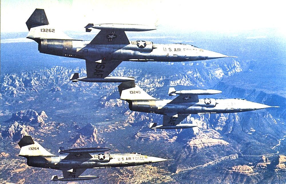 West German Air Force training at Luke[edit]