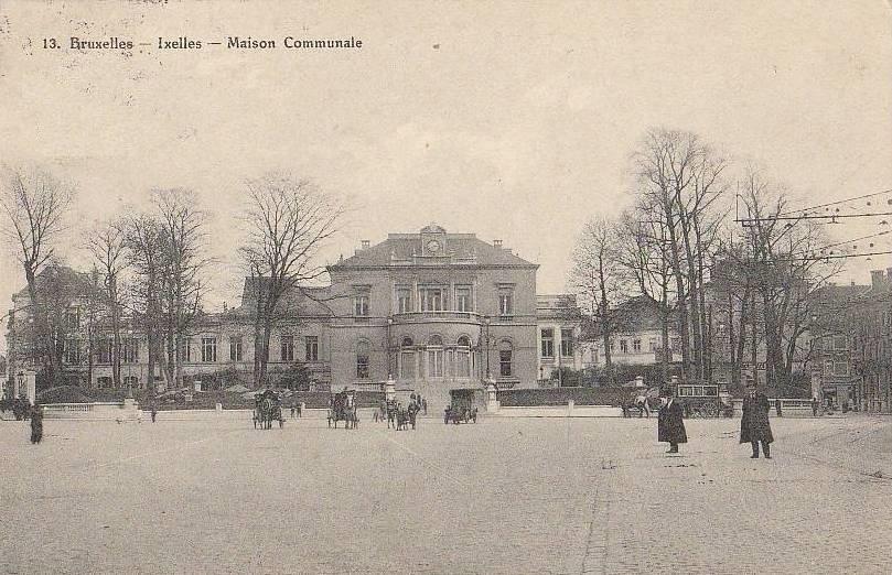 La maison communale d'Ixelles, Place Fernand Cocq, anciennement place Communale.