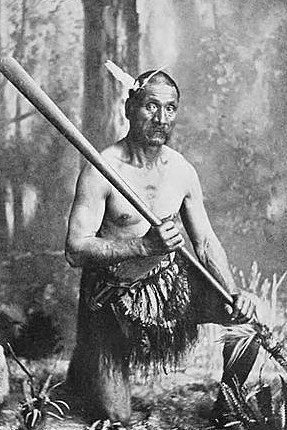 Maori man Picturesque New Zealand, 1913.jpg