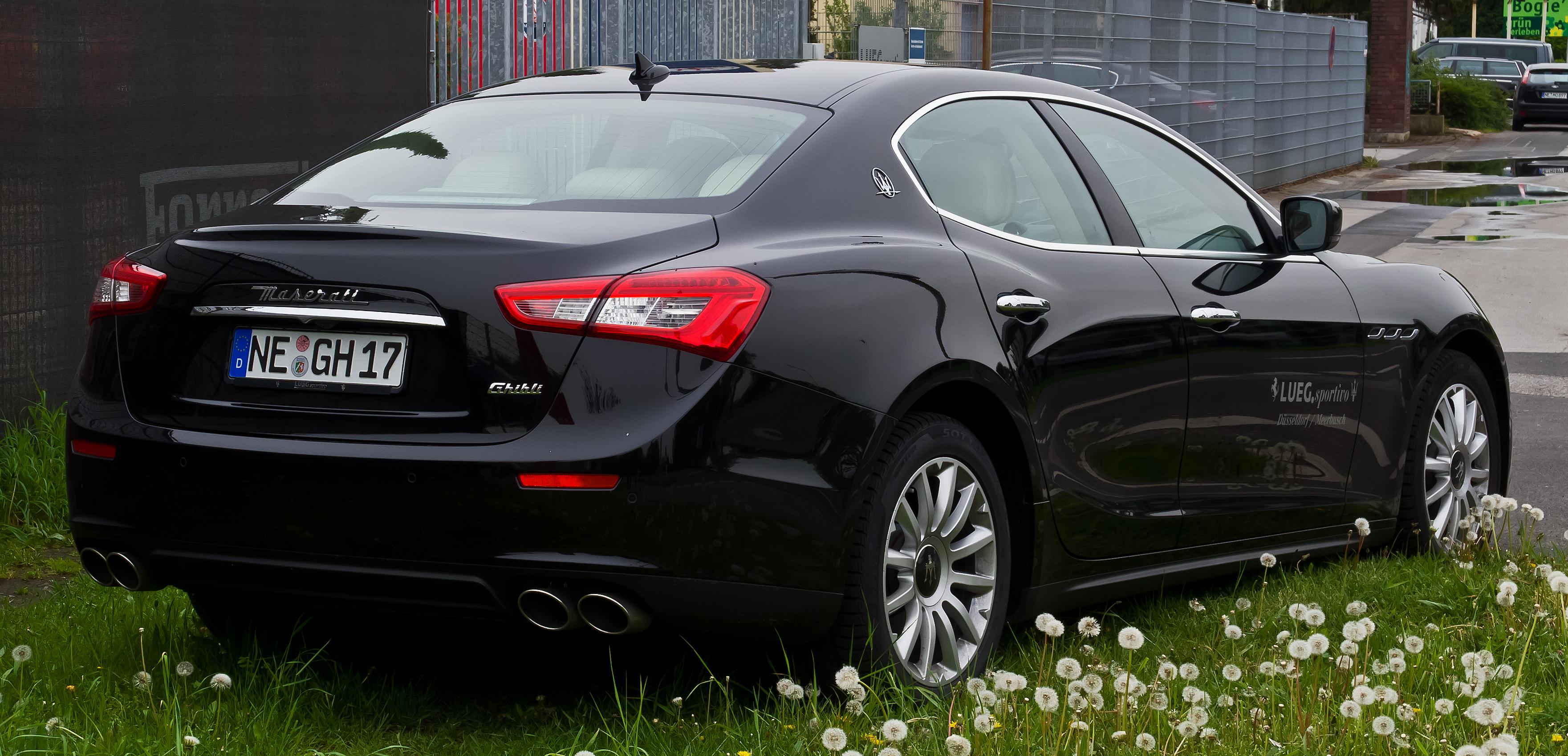 File Maserati Ghibli Iv Heckansicht 27 April 2014