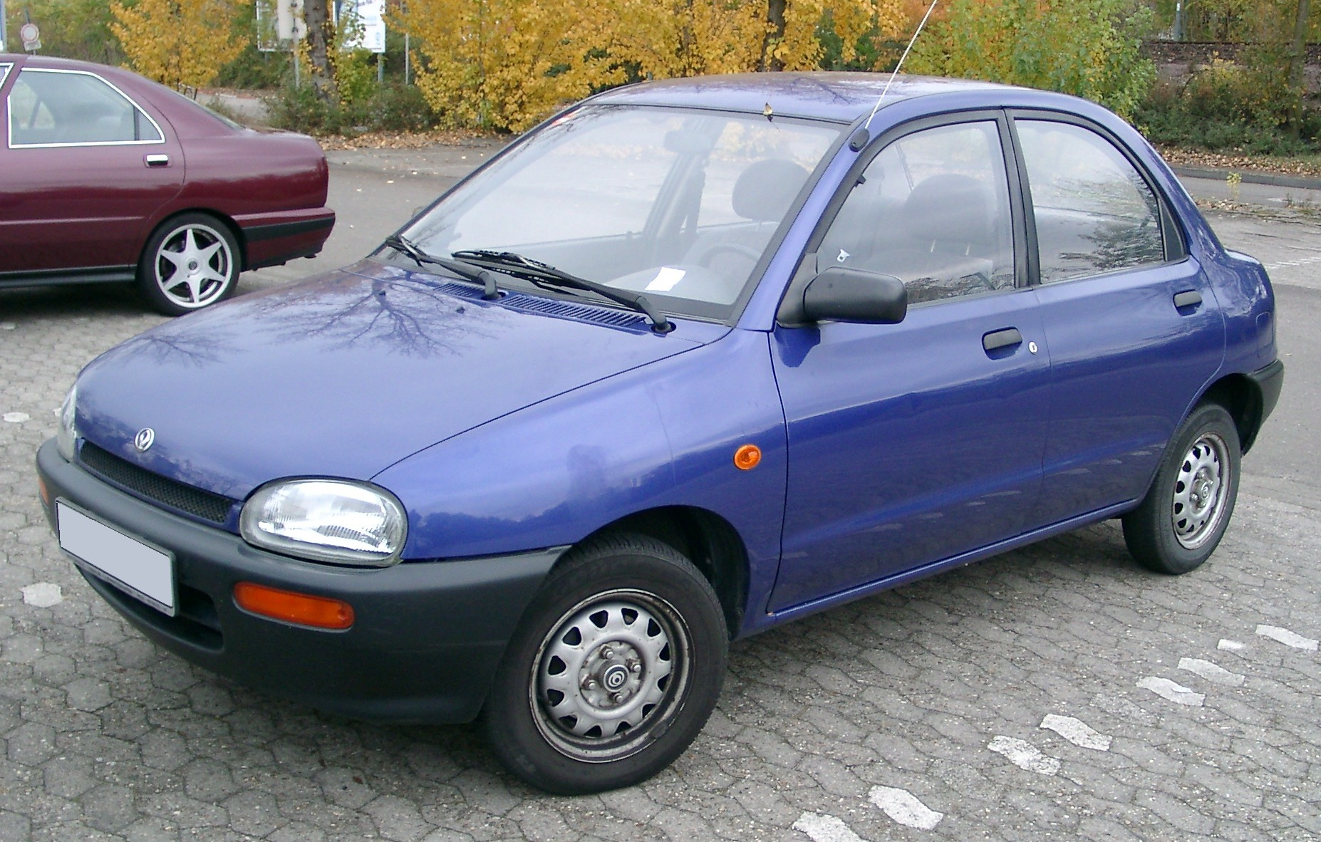 Hatchback >> File:Mazda 121 front 20071025.jpg - Wikimedia Commons