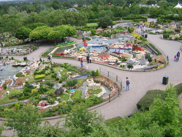 File:Miniland at Legoland, Windsor - geograph.org.uk ...