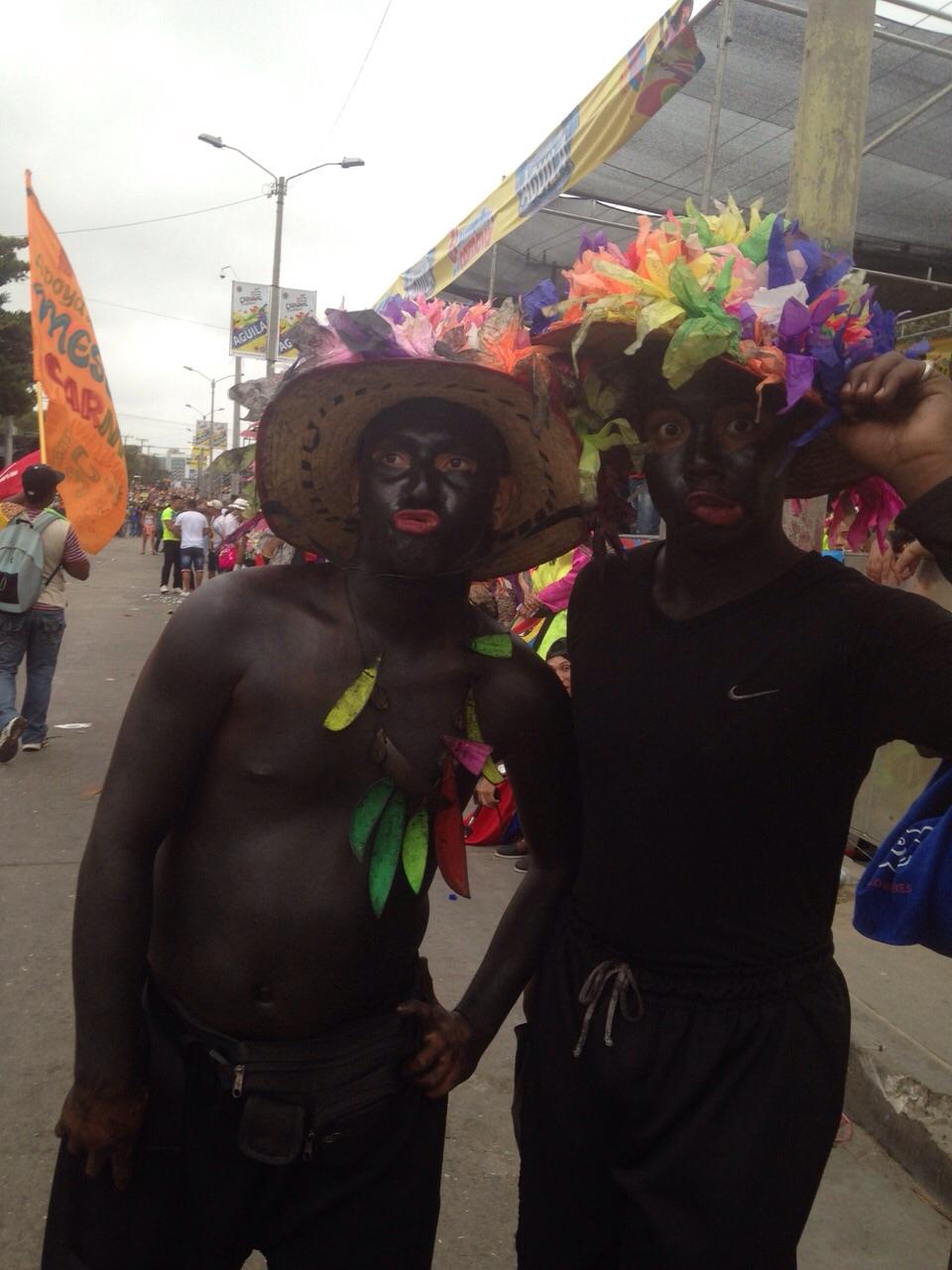 Colombiana con un negro - 3 part 3