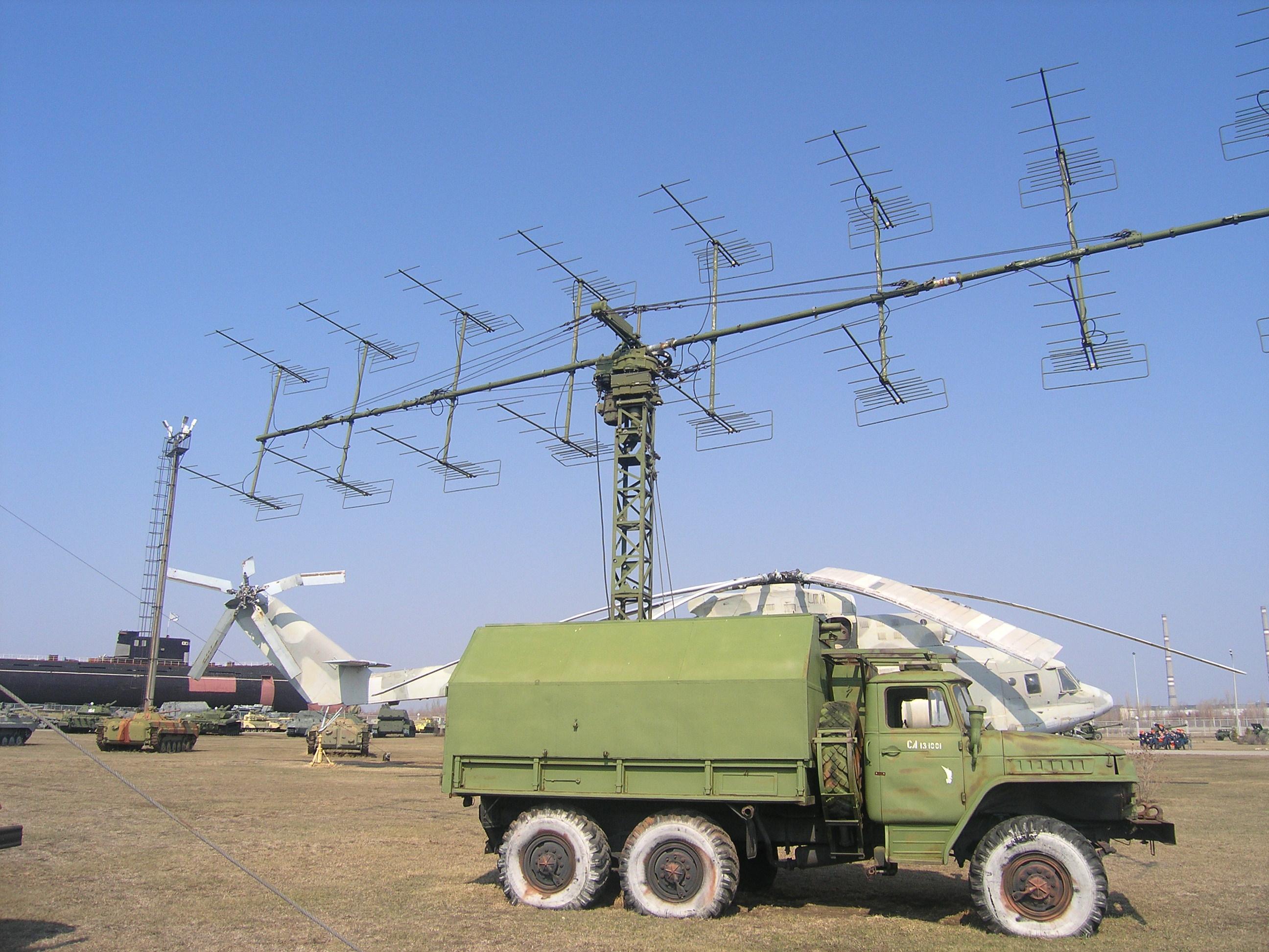 File P-18 Air Defense Radar System-1 Jpg